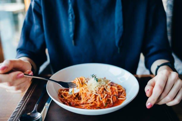 Quali oli essenziali per controllare l'appetito, la fame ed il peso
