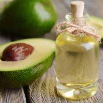 Olio di Avocado: benefici per la salute